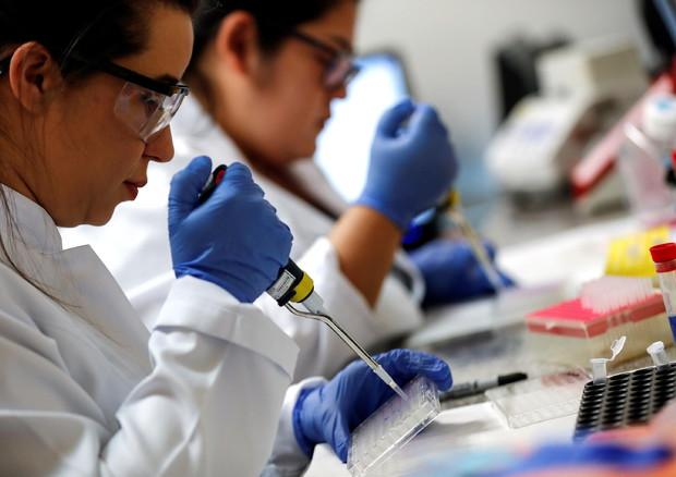 Coronavirus, UE: un miliardo per ricerca globale su vaccini