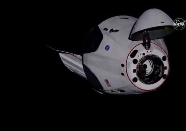 Space X: Crew Dragon ha attraccato con successo alla Stazione Spaziale Internazionale
