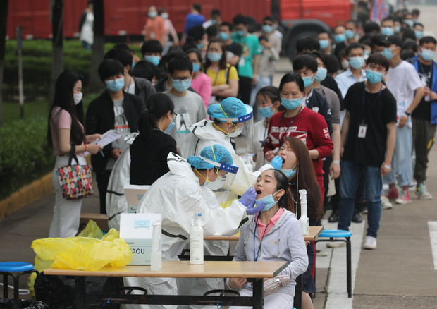 Coronavirus, traffico sospetto negli ospedali di Wuhan già ad ottobre