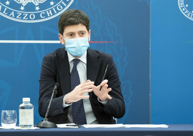 Covid, dal 16 maggio stop quarantena per arrivi da Paesi Ue