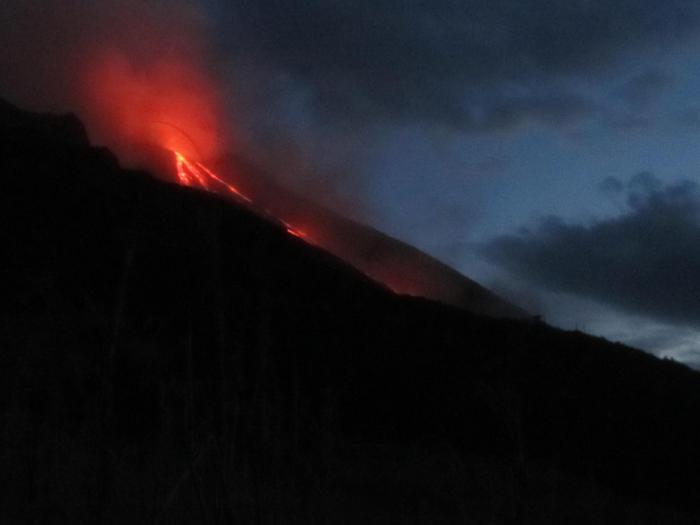 Stromboli:Ingv,scontro magmi caldi e freddi causa esplosioni