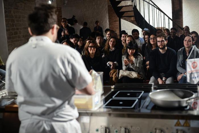 Cucina italiana a parigi racconta il lusso della for Ab il lusso della semplicita