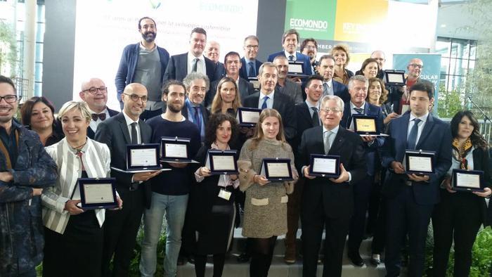 Premio Sviluppo Sostenibile a Mapei, Milano e Montagna 2000 - Ambiente & Energia - Agenzia ANSA
