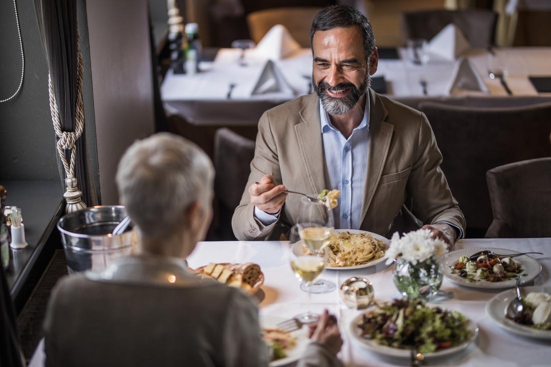 Galateo Regole A Tavola Tutto Il Bon Ton Da Non Dimenticare Food Ansa It