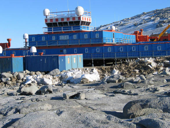 La base italiana in Antartide ''Mario Zucchelli'', a Baia Terra Nova