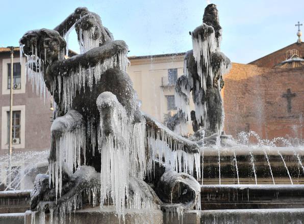 http://www.ansa.it/webimages/foto_large/2010/12/17/0101217095614940_20101217.jpg
