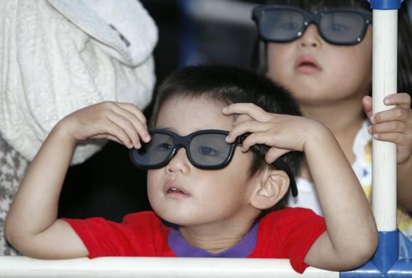 Salute: ecco il bugiardino per occhiali 3d - no a bimbi under 6