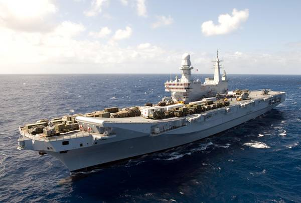 Made in Italy: Nave Cavour in tour nel Golfo e in Africa