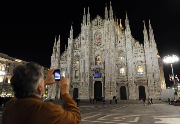 Milano, Ora della Terra, il Duomo