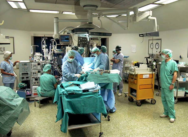 Risultati immagini per immagine di sanità e sale operatorie