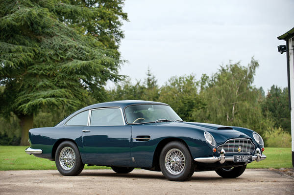 All'asta per 378.000 euro l'Aston Martin di Paul McCartney