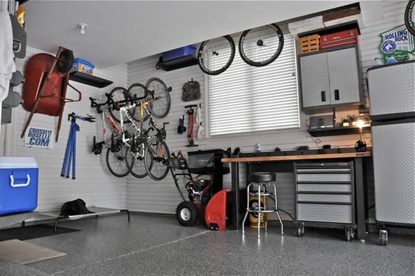Usa Famiglie Svuotano Garage Per Far Spazio All Auto Motori Ansa It