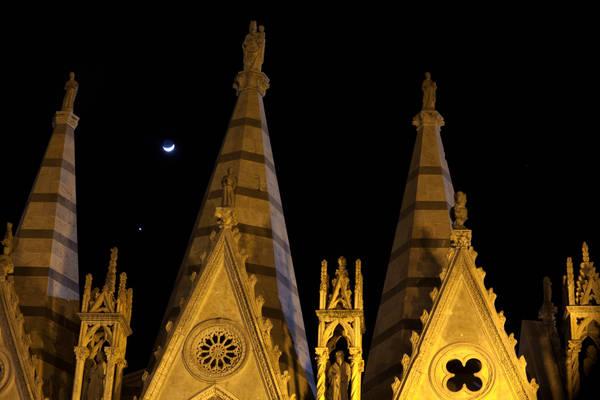 Luna e Venere nel cielo di dicembre (fonte: Marco Meniero, http://www.meniero.it/)