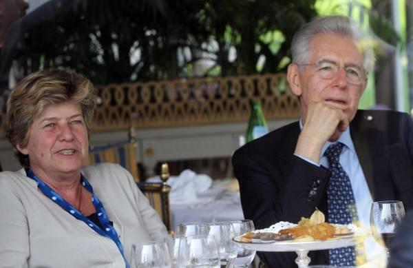 Il presidente del Consiglio, Mario Monti, e il leader della Cgil, Susanna Camusso, hanno pranzato a Cernobbio, durante il forum di Confcommercio