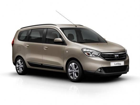 Dacia monovolume 7 posti a meno di 10 mila euro ecco for Dacia duster 7 posti