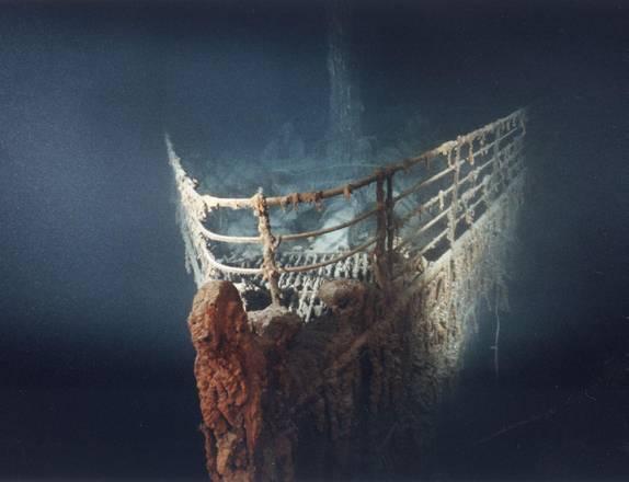Risultati immagini per 1985 viene individuato il relitto del Titanic