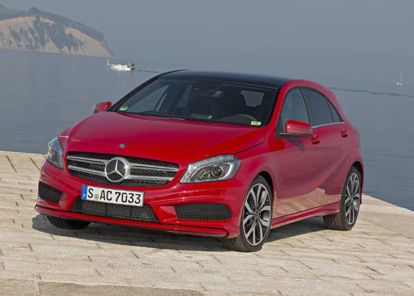 cars wallpapers cars pictures new 2012 mercedes classe a wallpapers. Black Bedroom Furniture Sets. Home Design Ideas