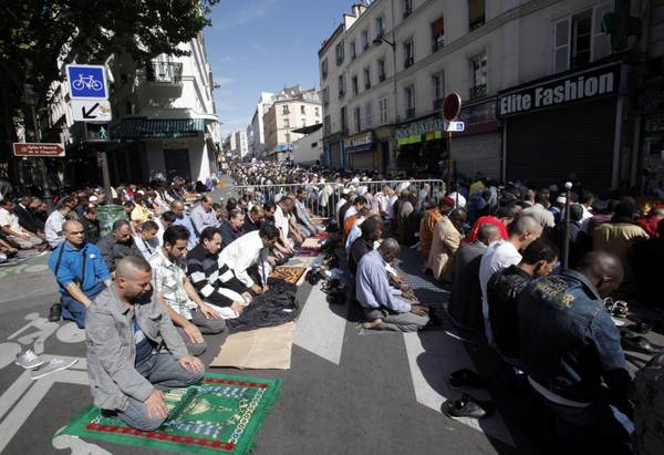 south paris muslim Paris — few people of conscience doubt that the  both by muslims and by anti-muslim  is actually analogous to that of the splc over the years in the south.
