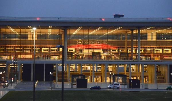 Aeroporto Berlino : Aeroporto berlino ancora un rinvio photostory