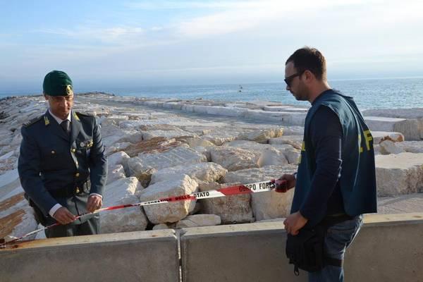 Maxitruffa da 150mln per nuovo porto molfetta arresti for Nuovo arredo molfetta