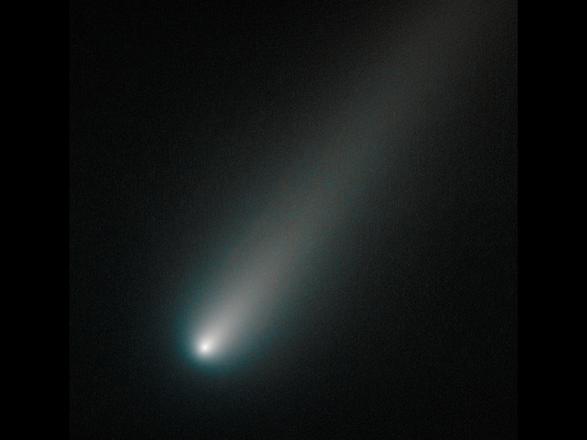 La cometa Ison fotografata durante l'avvicinamento al Sole (fonte: NASA, ESA, and the Hubble Heritage Team, STScI/AURA)