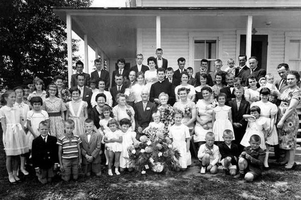I discendenti di Achille Bhérer in una foto del 1960 (fonte: famiglia Bhérer)