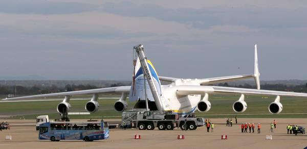 Aereo Privato Piu Grande Al Mondo : L antonov an aereo più grande del mondo a zagabria