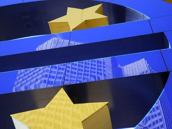 Cala numero di monete di euro contraffatte, -4% sul 2013