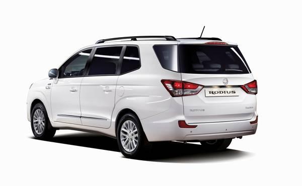 Toyota Minivan 2017