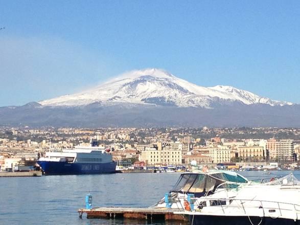 A Catania arrivano le prime navi da crociera: già 6000 i turisti in città$