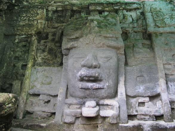 La civiltà Maya è nata da un mix di culture (fonte: Tibor Marcinek)