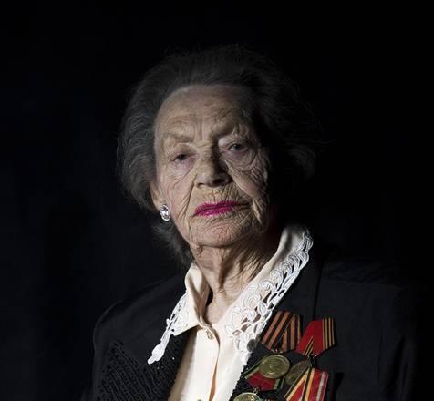 Yelena Kojlekova, 90 anni