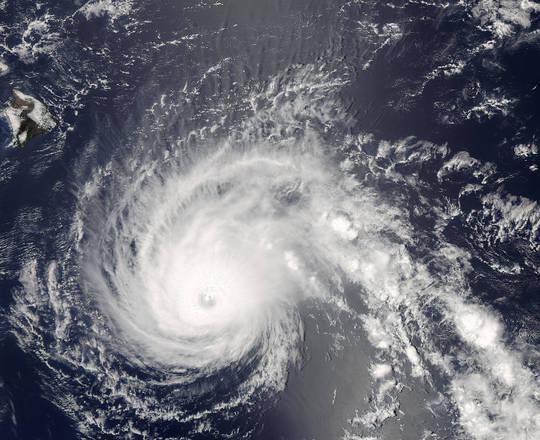 Le Hawaii nel mirino dei cicloni