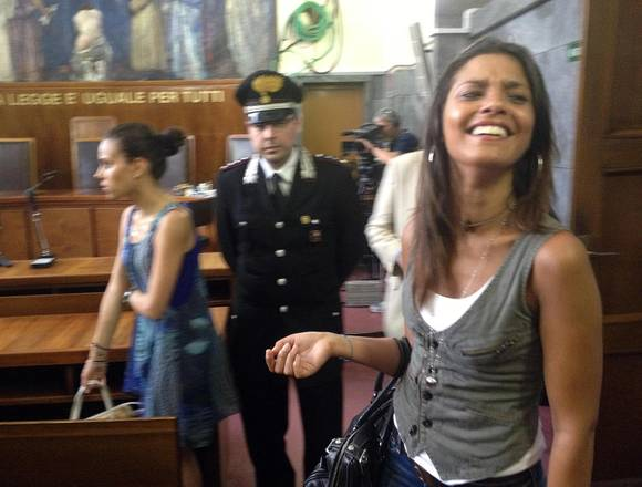 Ruby, Tensione E Sorrisi Al Tribunale Di Milano