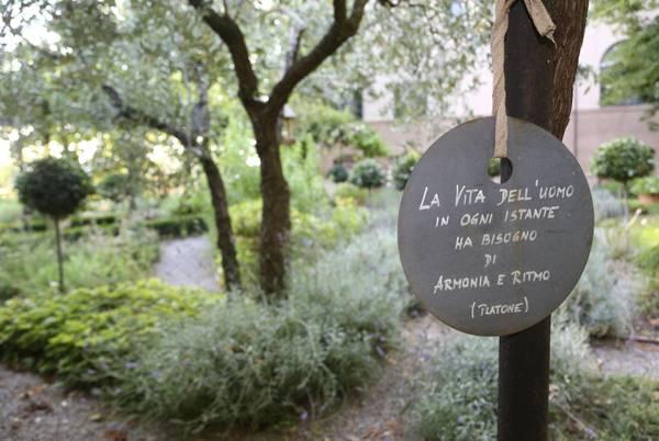 Almanacco barbanera l 39 orto giardino di spello - L orto in giardino ...