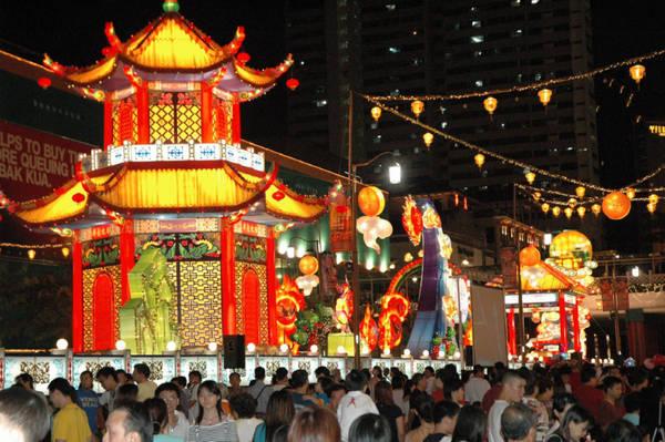 al Moonfest, evento di grande richiamo che dal 13 al 15 settembre all'Esplanade di Singapore recupera le tradizioni folcloristiche cinesi (©Singapore Tourism Board)