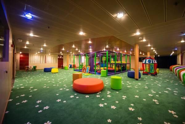 tirrenia inaugurate nelle navi aree giochi per bambini