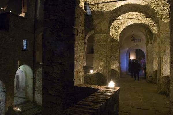 un tour da brividi nei castelli pi tenebrosi d 39 italia