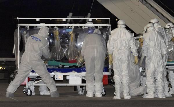Ebola Il Primo Italiano Contagiato Viene Curato A Roma Con Un Farmaco Sperimentale E In Condizioni Stabili Medicina Salute E Benessere Ansa It