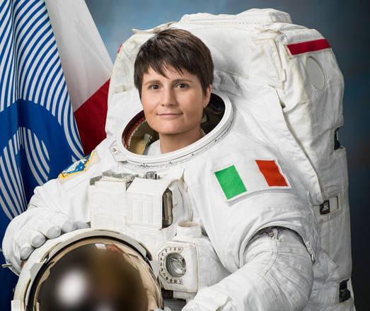 Astronauta cristoforetti nello spazio tornerò bambina