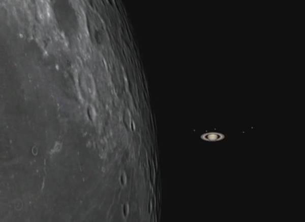 Simulazione dell'occultazione di Saturno da parte della Luna (fonte: Gianluca Masi, The Virtual Telescope Project 2.0)