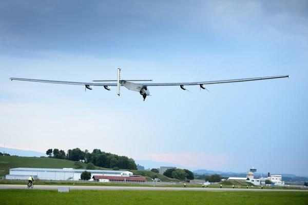 Aereo solare pronto per il giro del mondo - Mobilità - Ambiente&Energia