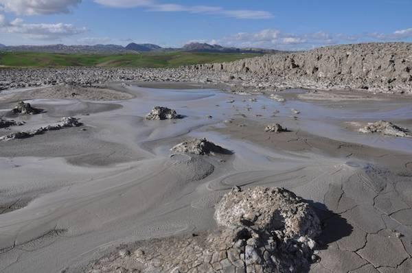 Che cosa sono i vulcanelli di fango