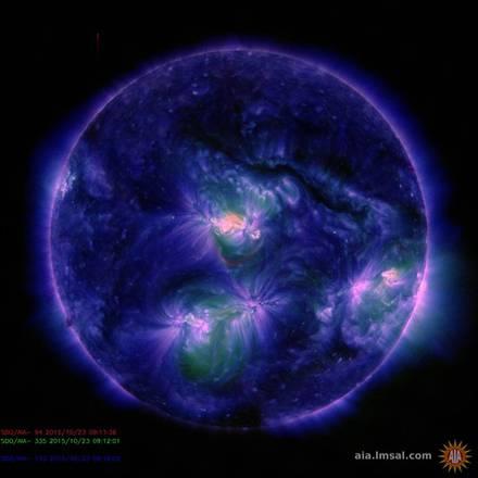 Dal Sole un'eruzione da record, è durata più di 3 ore (fonte: NASA/SDO)