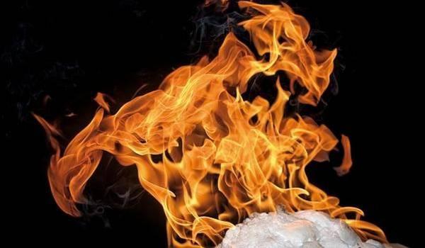 Scoperto il segreto del ghiaccio che brucia (fonte: Geir Mogen, NTNU)
