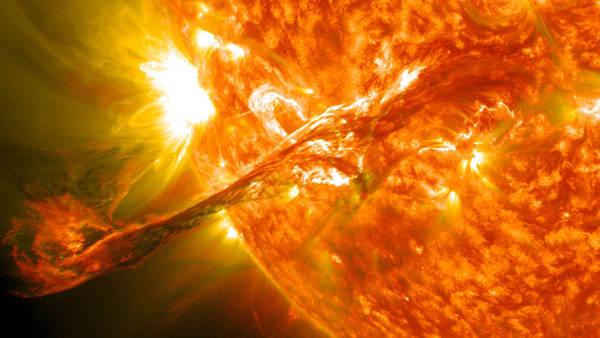 Dal Sole un'esibizione di 'arte termonucleare'