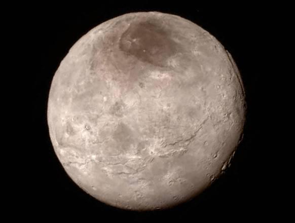 Montagne di ghiaccio nel 'cuore' di Plutone