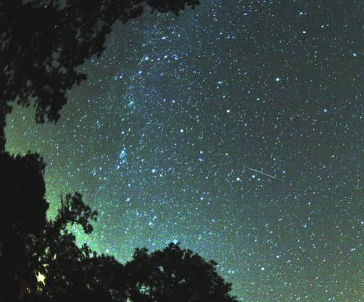 Il cielo di agosto promette stelle cadenti spettacolari (fonte: Brocken Inaglory)