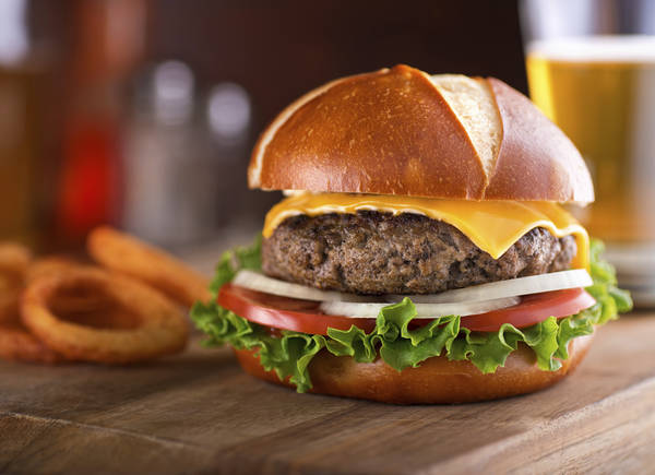 Ecco i 10 migliori burger restaurant d'Italia