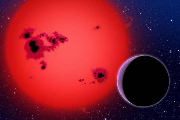 Rappresentazione artistica di una nana rossa e un pianeta (fonte: David A. Aguilar (CfA/Harvard-Smithsonian)